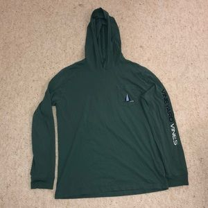 Green vineyard vines sweat shirt